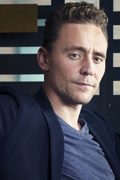 Tom Hiddleston photographed by Victoria Will at the 2015 Toronto International Film Festival on September 12, 2015. Full size image [UHQ]: http://ww1.sinaimg.cn/large/6e14d388gw1ew16okeo9tj22bc1jkb2c.jpg Source: Torrilla