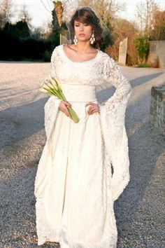 Moroccan Wedding Dress Modeled By Taylor Swifts Doppelganger