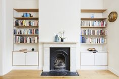 Alcove shelving by Lozi