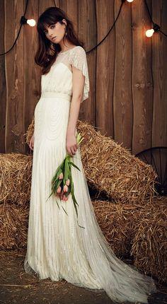 Jenny Packham printemps 2017 robe de mariée Dolly manches courtes avec jupe et drapage sequin accentués, manches gitanes d'inspiration