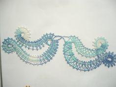 Ptáček Bobbin Lace Patterns, Lace Heart, Lace Jewelry, Lace Detail, Butterfly, Tapestry, Artwork, Crafts, Bobbin Lace
