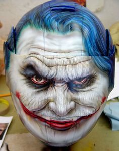 Custom Painted Joker from Batman Helmet - Best Airbrush Art Images, Videos and Galleries: share, rate thousand of Pictures and discover the latest uploads! - Just Airbrush Custom Motorcycle Helmets, Custom Helmets, Motorcycle Accessories, Women Motorcycle, Bobber Motorcycle, Rosa Cadillac, Motogp, Helmet Paint, Street Art