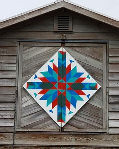 61 super Ideas for sewing baby things signs Barn Quilt Designs, Barn Quilt Patterns, Quilting Designs, Star Quilts, Quilt Blocks, Barn Quilts For Sale, Sewing Room Furniture, Sewing Machine For Sale, Painted Barn Quilts