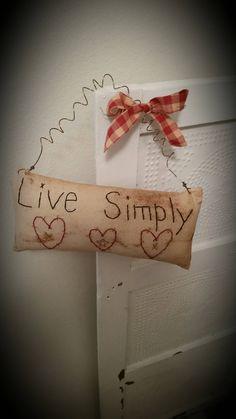Primitive Live Simply pillow tuck peg hanger everyday