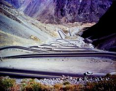 Los Caracoles Pass in the Andes  The 19 most complex and dangerous roads in the world.  by fwdmail2me