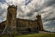 Tuscany, province of Sienna. La Fortezza di Montalcino - Foto di John Bruckman su https://www.flickr.com/photos/innereye/14726832286/lightbox/ - #Siena #Montalcino