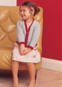 Free knitting pattern Rowan v-neck child's cardigan
