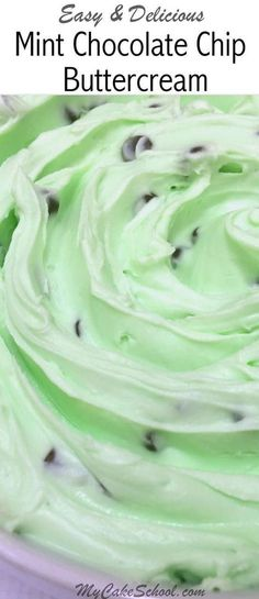 Chocolate Chip Buttercream Frosting (half the recipe if just making filling) Easy and DELICIOUS Mint Chocolate Chip Buttercream Frosting recipe by ! Easy and DELICIOUS Mint Chocolate Chip Buttercream Frosting recipe by ! Mint Frosting, Cupcake Frosting, Cupcake Cakes, Wilton Buttercream Frosting, Homemade Frosting, Cake Fondant, Cup Cakes, Piping Icing, Vanilla Buttercream