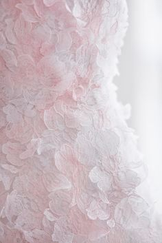 Miss Dior Atelier-Making-of, Haute Couture Couture Embroidery, Couture Sewing, Couture Details, Fashion Details, What Is Pink, Crystal Embroidery, Hand Embroidery, Dior Atelier, Miss Dior Blooming Bouquet