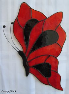 Butterfly Stained Glass Suncatcher – – Arts and Crafts Stained Glass Patterns Free, Stained Glass Quilt, Stained Glass Birds, Stained Glass Suncatchers, Stained Glass Designs, Stained Glass Projects, Fused Glass, Free Mosaic Patterns, Glass Beads