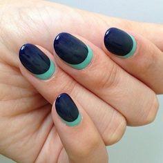 Gorgeous Navy Ombre Nails #Blue #navy #green #nails #nailart #nailpolish #naillacquer #polishaddict - bellashoot.com #Ombre