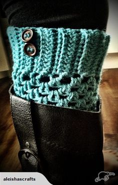 Crochet boot cuffs  @Tiffany Sweeney Boberg  can you make these for me please!!