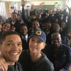 Trevor Noah, Charlize Theron and Chelsea Handler surprised students at Oaklands High School in Cape Town on 14 August. The two South African celebs and American TV hosts visit was in aid of non-profit organisation, Life Choices, part of the Charlize Theron Africa Outreach Project.