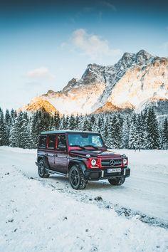 Winter adventures - here we come! Photo by Christopher Busch (www.christopher-busch.com) for #MBsocialcar [Mercedes-AMG G 63 | Kraftstoffverbrauch kombiniert: 13,8 l/100 km | CO₂-Emissionen kombiniert: 322 g/km |http://mb4.me/Rechtlicher_Hinweis/]
