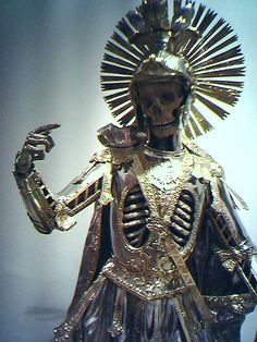 "This work of art was made in the XVIII century in Germany to ""host"" the body of Saint Pancrace."