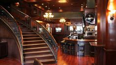 Irish Pub Decor | Hollywood Nightlife: Bars and Lounges | Discover Los Angeles