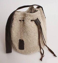 Women's handbag handmade fluid line woven bag crochet bag leather cowhide one shoulder cross-body rustic women's handbagThis Pin was discovered by gülRabbit Baby Blanket MakingTalboty - Braid-Handle Straw T Crochet Tote, Crochet Handbags, Crochet Purses, Diy Crochet, Crochet Stitches, Macrame Bag, Tapestry Crochet, Knitted Bags, Handmade Bags