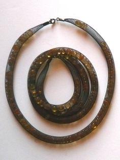 orange bracelet and necklace _ VCF design