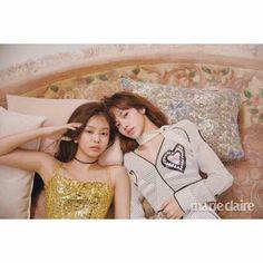 #BLACKPINK / Jennie & Lisa