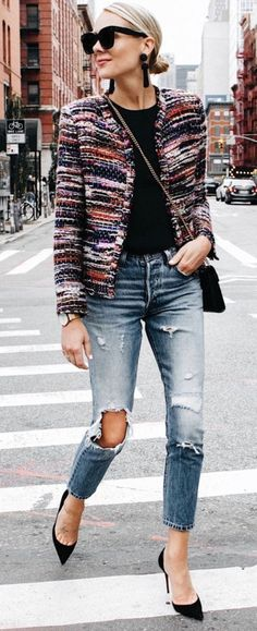 Nice 43 Wearing Distressed Denim Jeans this Spring for Your Style http://outfitmad.com/2018/05/29/43-wearing-distressed-denim-jeans-this-spring-for-your-style/