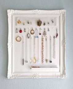 Awesome alternative storage for jewelry