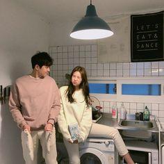 something special ♡ Siblings Goals, Bff Goals, Cute Couples Goals, Couples In Love, Couple Goals, Ulzzang Korean Girl, Ulzzang Couple, Korean Friends, Teen Romance