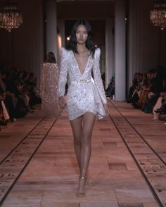 Embroidered Backless White Evening Mini Dress / Short Dress with Deep V-Neck Cut, Long Sleeves and Open Back. Spring Summer 2020 Couture Collection. Runway Show by Zuhair Murad.