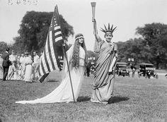 """Shorpy Historical Photo Archive :: Liberty: D., """"Fourth of July tableau on the Ellipse -- 'Columbia,' 'Liberty' and dancers. Vintage Photographs, Vintage Images, Vintage Pictures, Shorpy Historical Photos, Historical Pictures, July Images, Happy Fourth Of July, July 4th, Miss Moss"""