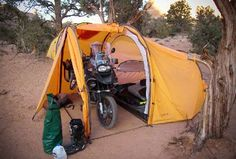 Motorcycle touring and camping go hand in hand, so pack your tent and enjoy a billion-star accommodation under a canopy of stars. To help you get started, we've gathered all the essential camping gear in a thorough guide. Best Tents For Camping, Tent Camping, Camping Gear, Outdoor Camping, Outdoor Gear, Camping Shelters, Camping Packing, Camping List, Camping Trailers