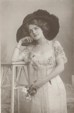 Lily Elsie, my favorite actress from the Edwardian era. She was so pretty!