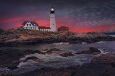 Portland Head Light at dusk - Morning sunrise at Portland Head Light, Maine, USA Portland, Morning Sunrise, Beautiful Landscapes, Dusk, Lighthouse, Places To See, Head Light, Tourism, Nature Photography