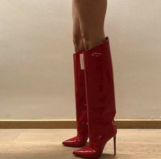 Heeled Boots, Shoe Boots, Shoes Heels, Manolo Blahnik, Cute Shoes, Me Too Shoes, Over Boots, High Boots, Mode Ootd