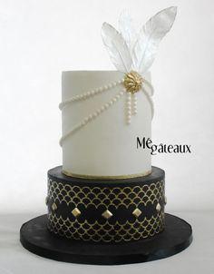 Gatsby wedding - cake by Mé Gâteaux Great Gatsby Cake, Party Like Gatsby, Gatsby Theme, Gatsby Wedding, 1920s Wedding Cake, 20s Party, Elegant Birthday Cakes, Elegant Wedding Cakes, Art Deco Cake