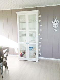 liatorp vitrine blanc en 2018 cuisine pinterest vitrine mobilier de salon et armoire. Black Bedroom Furniture Sets. Home Design Ideas