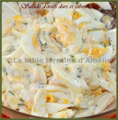 Salad with boiled eggs, cream and chives (Holy Saturday Lorraine recipe) - Recette salade - Recettes Healthy Dinners For Two, Healthy Recipes, Lorraine Recipes, Good Food, Yummy Food, I Foods, Entrees, Planks, Chopped Salads