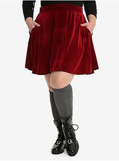 Because...pockets // Burgundy Velvet Circle Skirt Plus Size