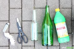 Upcycling: Easily make beautiful and useful things yourself from old bottles and glasses. Ideal as a gift! Old Bottles, Craft Tutorials, Wands, Glass Art, Diy And Crafts, Mason Jars, Life Hacks, Projects To Try, Cool Stuff