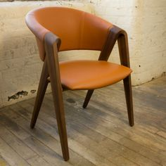 Portfofino-Designer-Chair-Solid-Walnut-and-High-Grade-Leather-Dining-Chairs