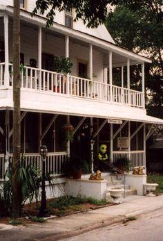 floridahistory: Cassadega Spiritualist Medium's House Is Visited By Alien