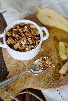 Recept voor een gezonde perencrumble. Zonder oven, dus binnen 10 minuten klaar! #glutenvrij, geraffineerde #suikervrij, lactosevrij. Op de DIY- en foodblog Perfect Housewife - to be.