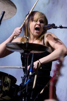 Skillet's rockin' female drummer, Jen Ledger. <3 GIRL DRUMMERS ROCK!! <3