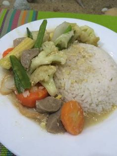 Resep Nasi cap cay special ala solaria resto (non msg) oleh Stef Jn Indonesian Recipes, Indonesian Food, Prawn Noodle Recipes, Food Hacks, Tourism, Food And Drink, Lunch, Foods, Chicken