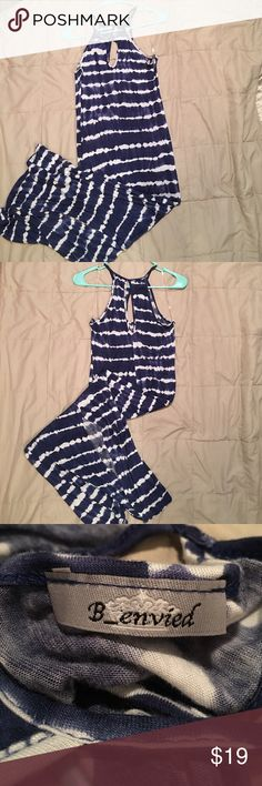 B_envied - Small Blue & White Tie-dyed Dress B_envied - Small Blue & White Tie-dyed Dress NWOT - the dress is stretchy material and it is 53 inches long B_envied Dresses Maxi