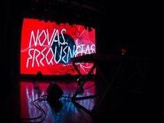 Entre os dias 4 e 9 de dezembro acontece a segunda edição do Festival Novas Frequências, no Oi Futuro Ipanema Rio de Janeiro. O evento conta com uma seleção de músicos focados na vanguarda da música eletrônica.