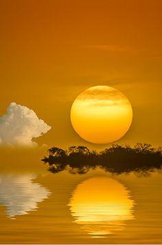 La razón de esto es que toda creación de Dios es excelente. (1 Timoteo 4:4) (Golden sunset) SB