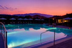 Avithos Resort Kefalonia: The hotel is located in Svoronata which is a coastal village. This laid-back resort is a 10-minute walk from Αι Χελις beach, 5 km from the Kefalonia International airport and 11 km from Argostoli's town centre.