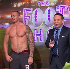 Wicked Gay Blog: Just Because.... Rugger Matt Cooper is Looking Hot...