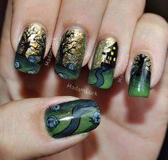 Green / Gold / Black nail polish - Graveyard /  Haunted House / Tree - HALLOWEEN NAILS - holidays