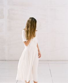 LET'S TALK ABOUT DRESSES (INSPIRATION) - justlikesushi.com / white dress / summer dress / long hair / minimal / streetstyle / style