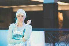 Animinneapolis debut Elsa Cosplay, Costumes, Disney Princess, Disney Characters, Legends, Collection, Dress Up Clothes, Fancy Dress, Disney Princesses